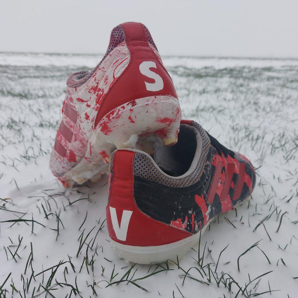je eigen voetbalschoenen ontwerpen